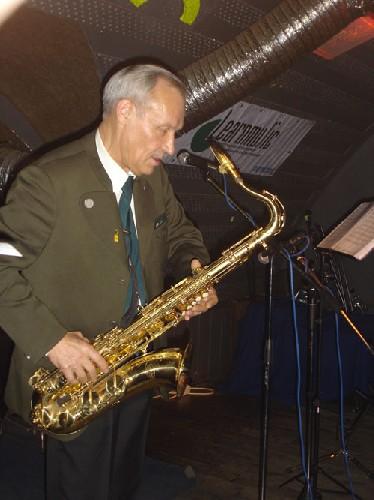 Владимир Подаюров - Бесприжимная постановка игры на саксофоне научиться играть и петь мастер-класс